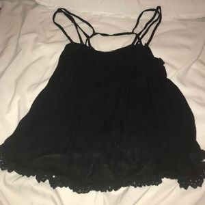 FREE PEOPLE STRAPPY BLACK FLOUNCY TOP 🖤